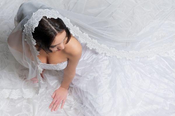 ウェディングドレスと補整下着のコラボは最強