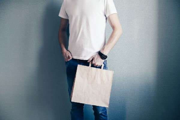 男性用補整下着の加圧シャツは費用対効果も大切なチェックポイント