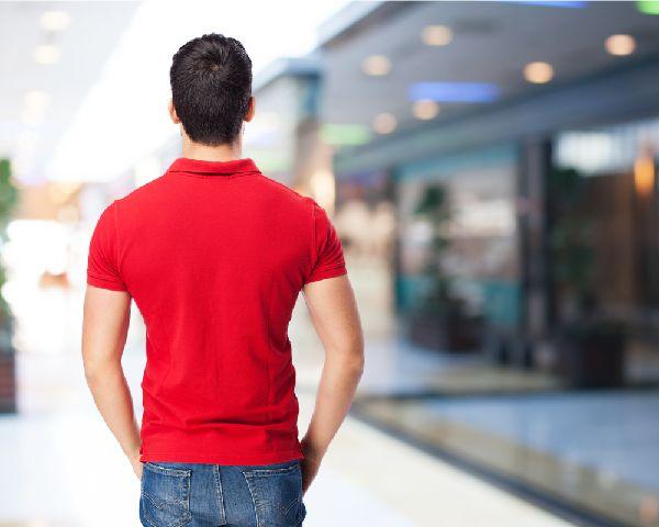 男性用補整下着なら筋トレしなくても猫背を改善できる